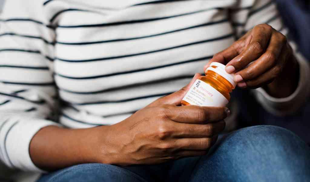 Лечение депрессии в Ильинском Погосте медикаментозным способом